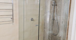 Shower Screens 15